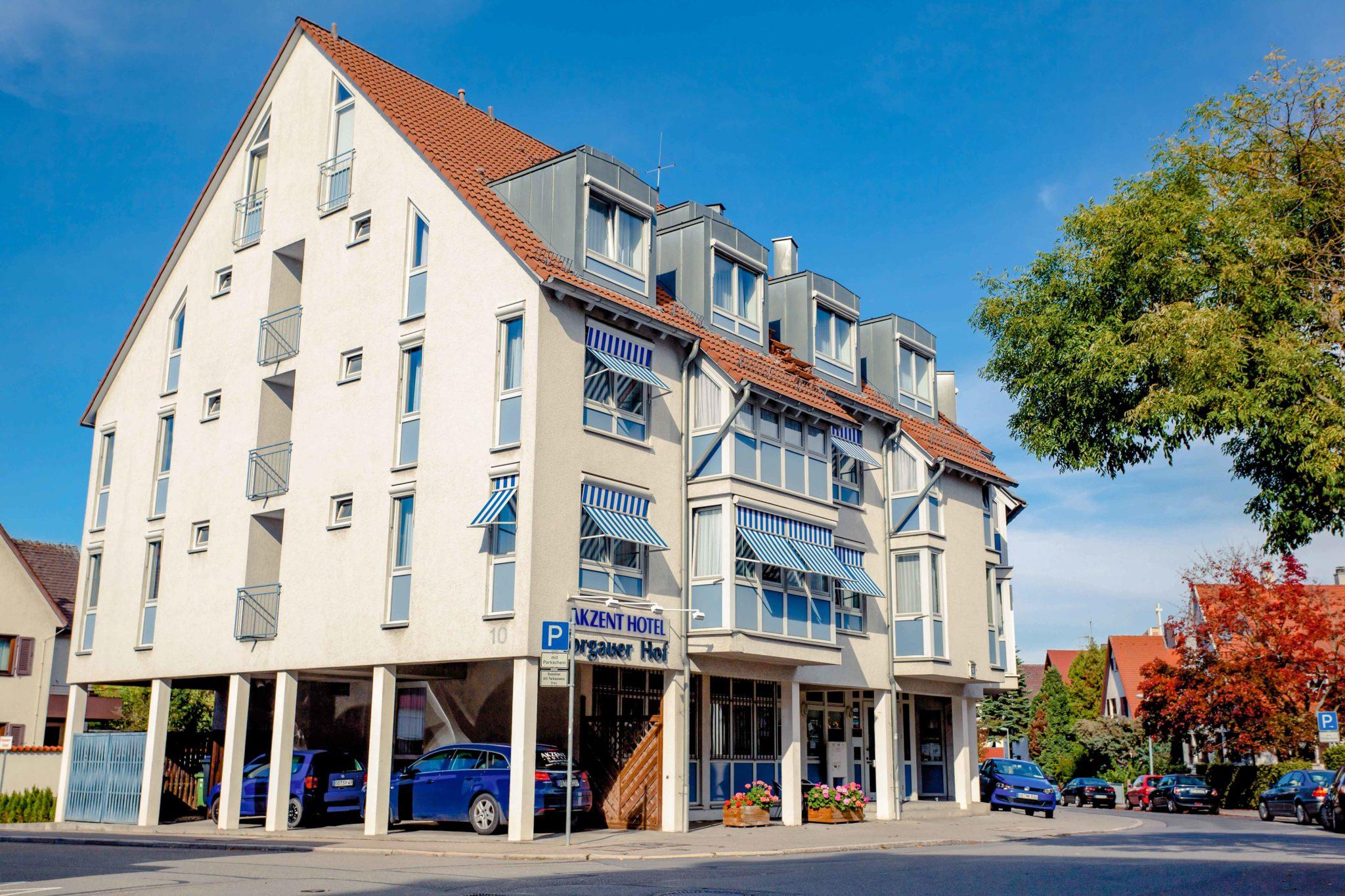 AKZENT Hotel Torgauer Hof Sindelfingen Eingang