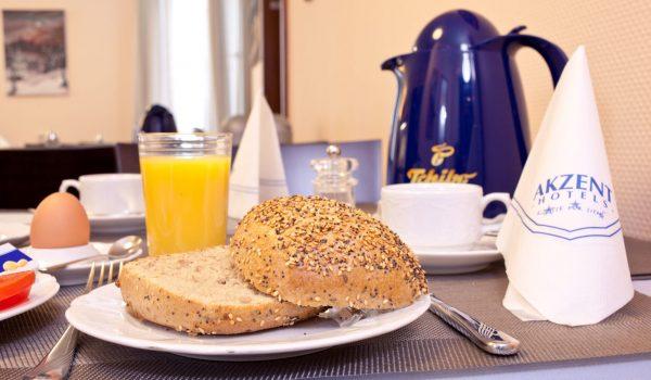 AKZENT Hotel Torgauer Hof Sindelfingen Frühstück 1